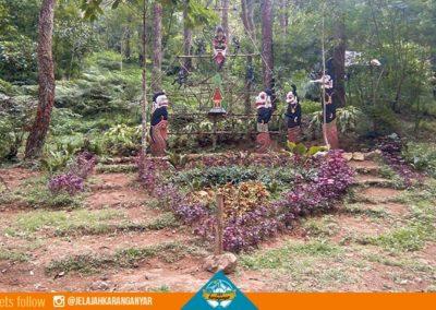 Taman Bunga di Sekar Jinggo Sekipan Tawangmangu